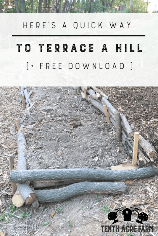 Here's a Quick Way to Terrace a Hill: Are you challenged with sloping land? Here's a solution to stop erosion on a hillside and create an easily-navigable terrace garden. #permaculture